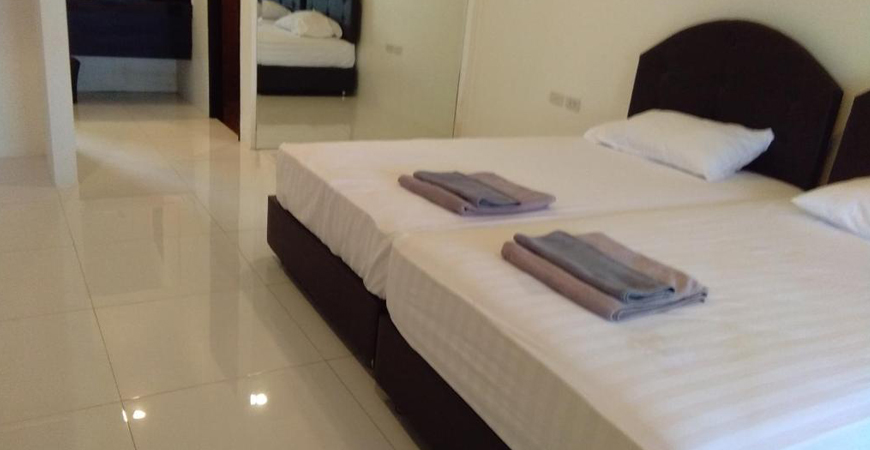 10-IWP Wake Park & Resort Hotel