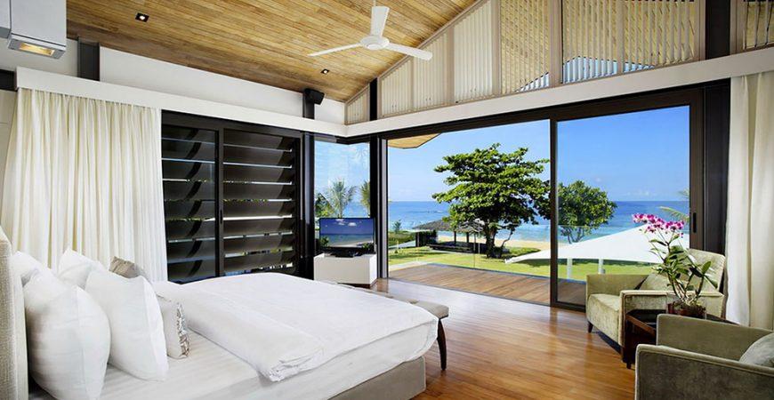 10. Villa Cielo - Luxurious bedroom