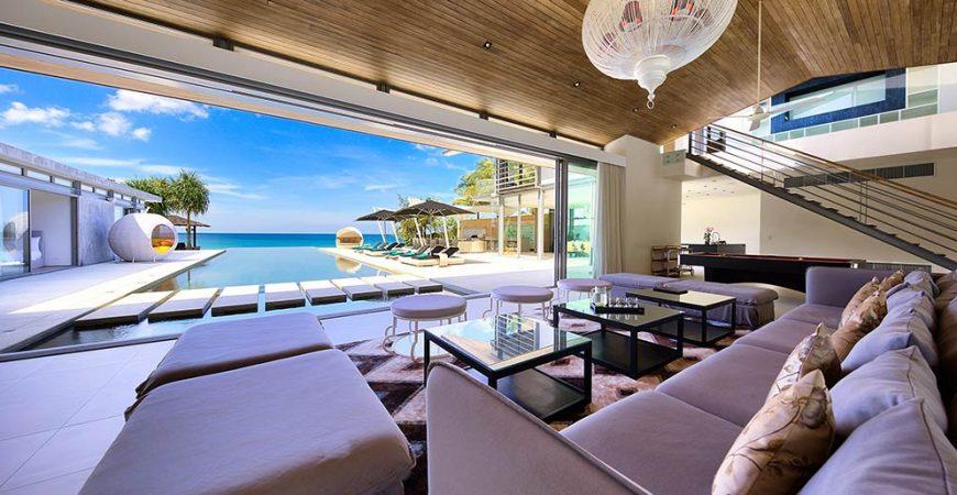 11. Villa Tievoli - Living area view to pool