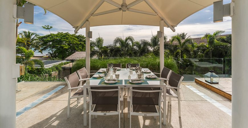 12. Villa Roxo - Outdoor dining area