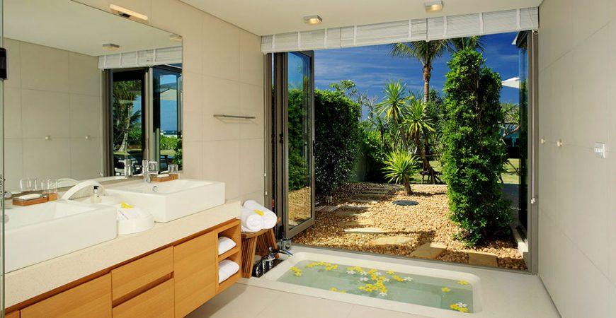 13-Villa Malee Sai - Ensuite with garden view