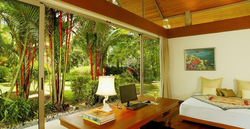 18. Baan Taley Rom - Bedroom garden outlook