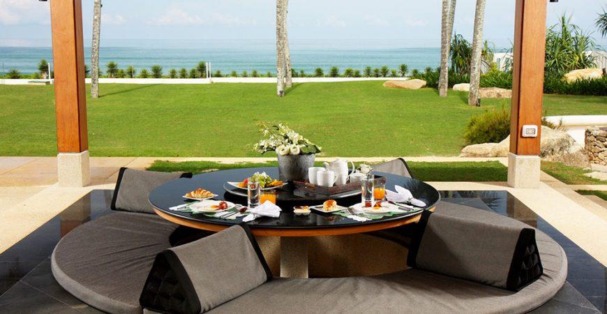 2. Villa Sundara - Sala with ocean view