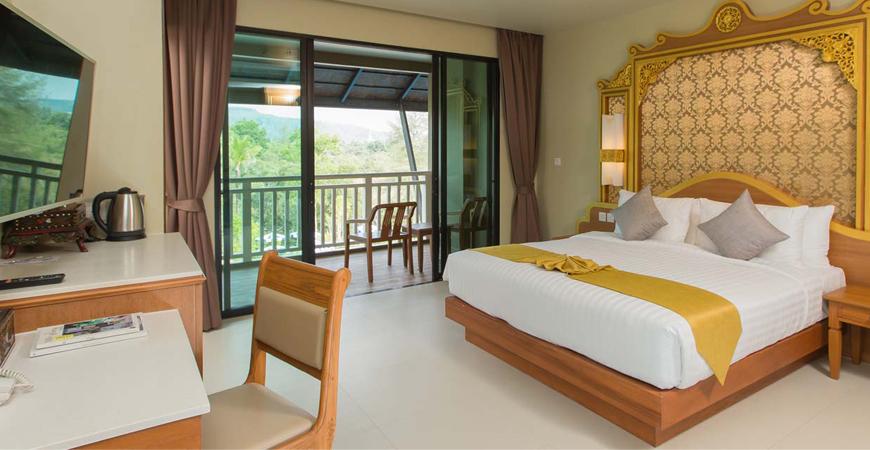 24-Maikhao Palm Beach Resort
