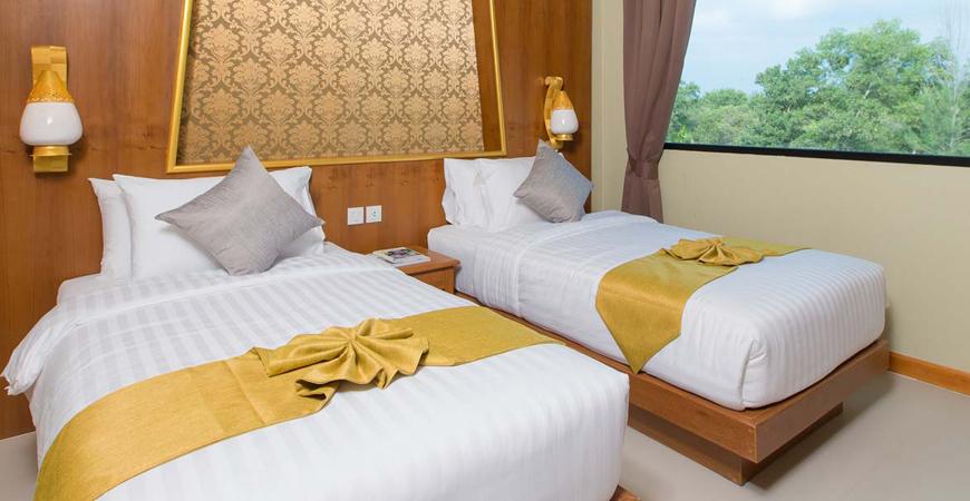 25-Maikhao Palm Beach Resort