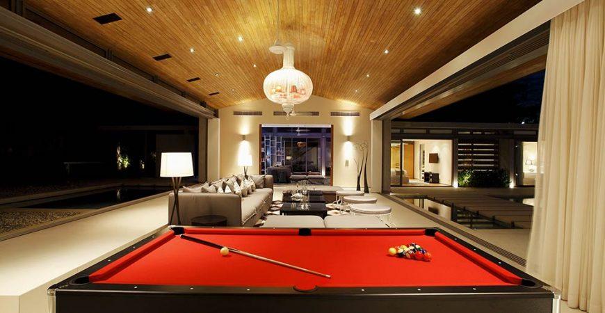 7. Villa Tievoli - Living room by night