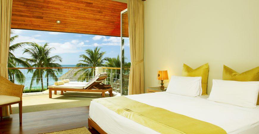 9. Baan Taley Rom - Luxurious bedroom
