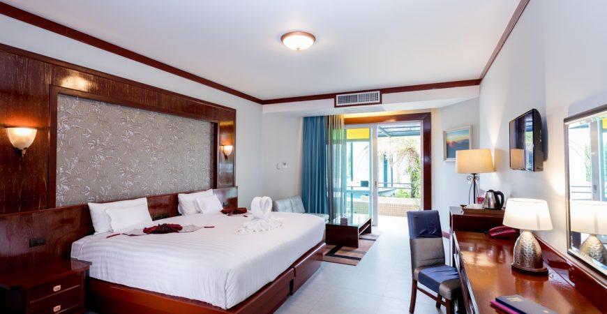 Honeymoon suite 2290_191101_0003