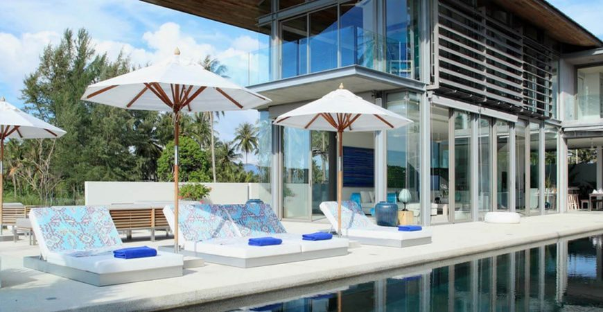 Villa Aqua - Poolside area