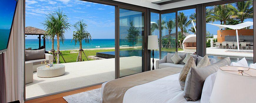 Villa Tievoli - Stunninng downstairs master bedroom outlook