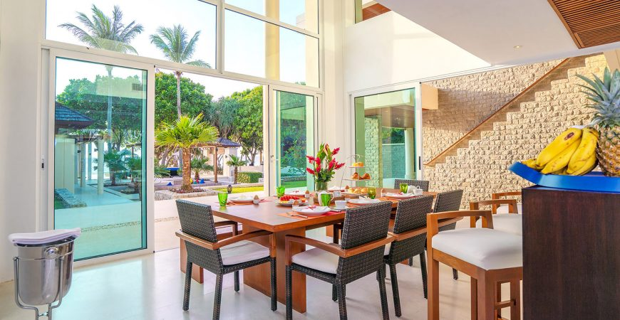 Villa Yaringa - Exquisite dining area