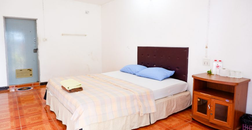 2_Phurafah_Resort_Room