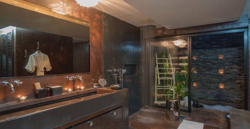 4. Villa Saanti - Bathroom design